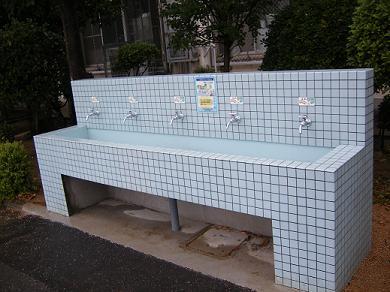 公立小中学校の直結給水化事業について